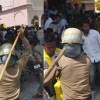उत्तराखंड : पुलिस को करना पड़ा लाठीचार्ज, पूरे राज्य में पुलिस को किया गया अलर्ट