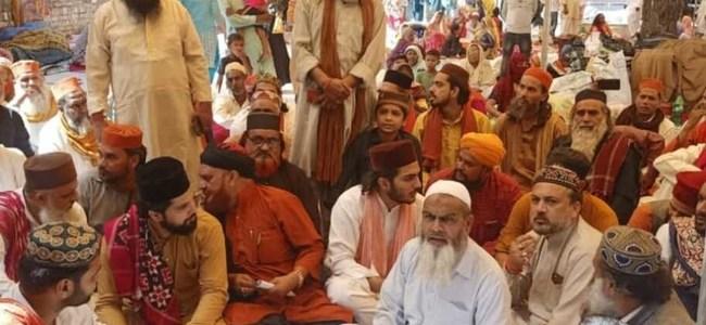 Uttarakhand कलियर में सूफी-संतों का प्रशासन के खिलाफ धरना, लंगर चालू करने की मांग की