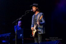 Buddy Guy and Kenny Wayne Shepard - Palace Theatre - Albany, NY 11-19-2019 (9 of 46)