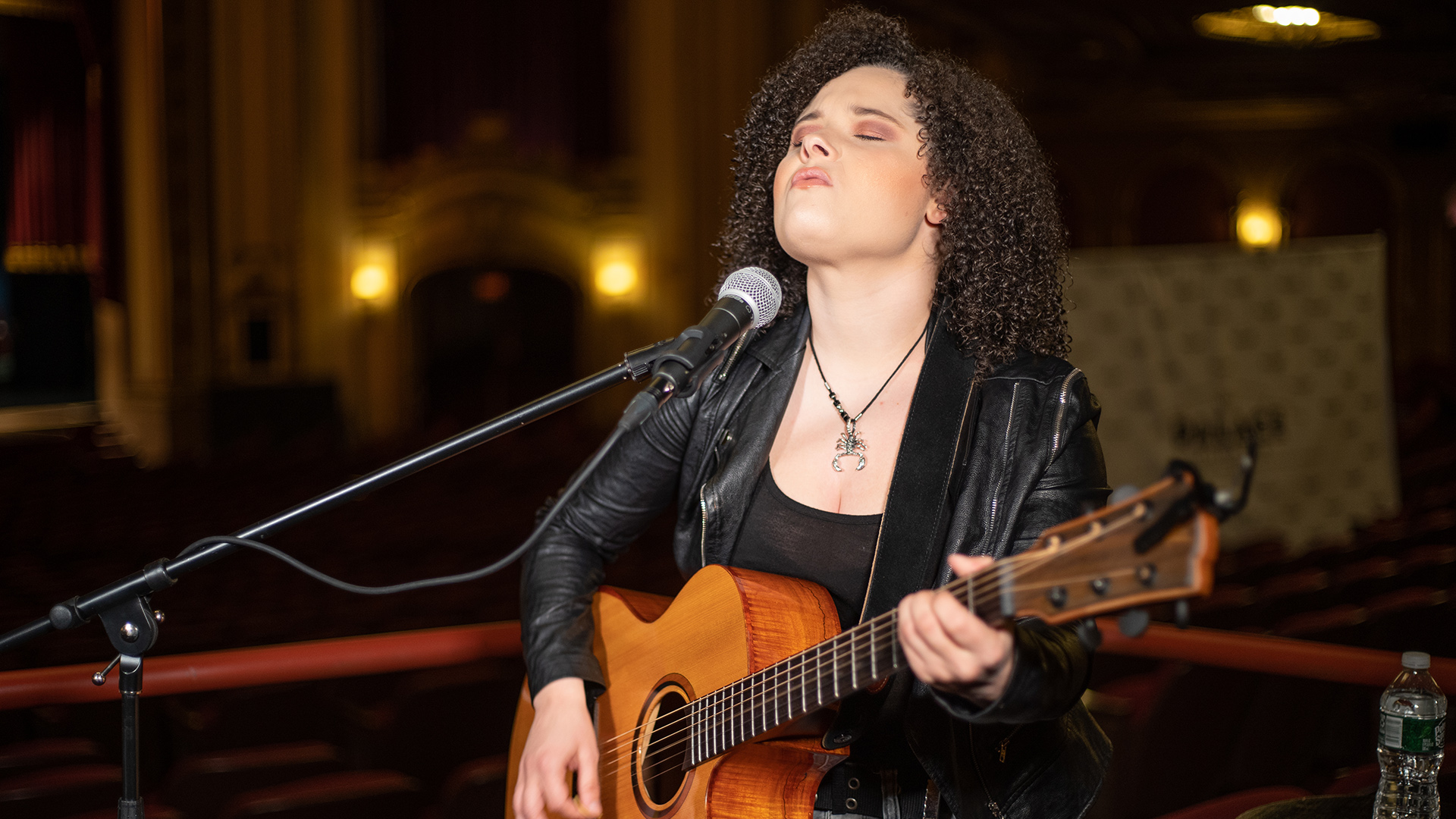 """VIDEO: Moriah Formica Performs """"I Will"""" Live at the Palace Theatre in Albany, NY"""