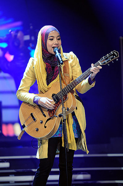 Music Musings: Live Your Life... Yuna