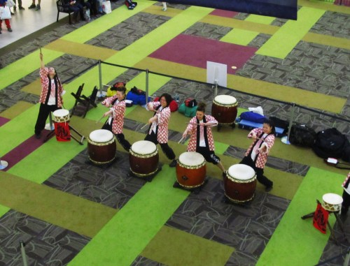 Weekly Photo Challenge: Lunchtime. Japanese Taiko drummers in action