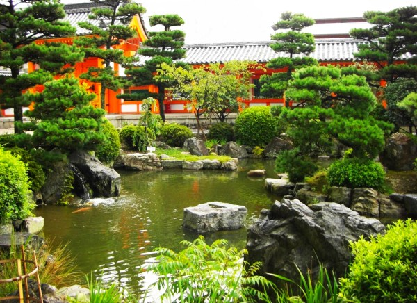 Weekly Photo Challenge: Serenity - A temple garden in Kyoto