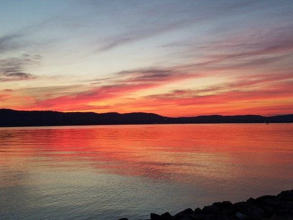 Weekly Photo Challenge: H2O - Hudson River at Sunset