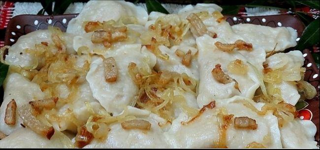 Как готовить вареники с картошкой и квашеной капустой
