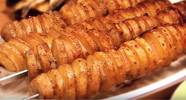 Картофель запеченный на углях