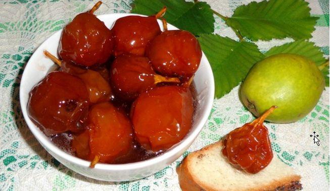 Рецепт грушевого варенья из цельных плодов с мятой