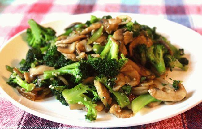 Консервация на зиму капусты брокколи с грибами