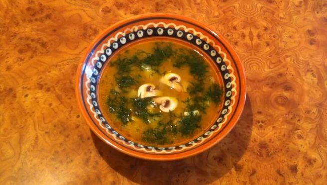 рецепт вкусного куриного супа с сыром и грибами