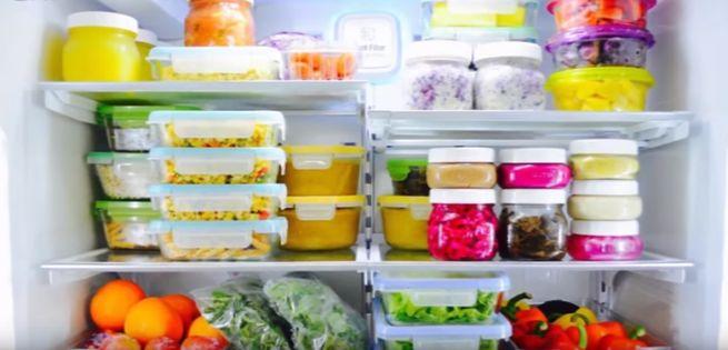 При хранении пищи в контейнерах