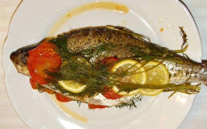 рыба хорошо пропеклась