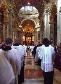 Santa Misa Pontifical. Vaticano.