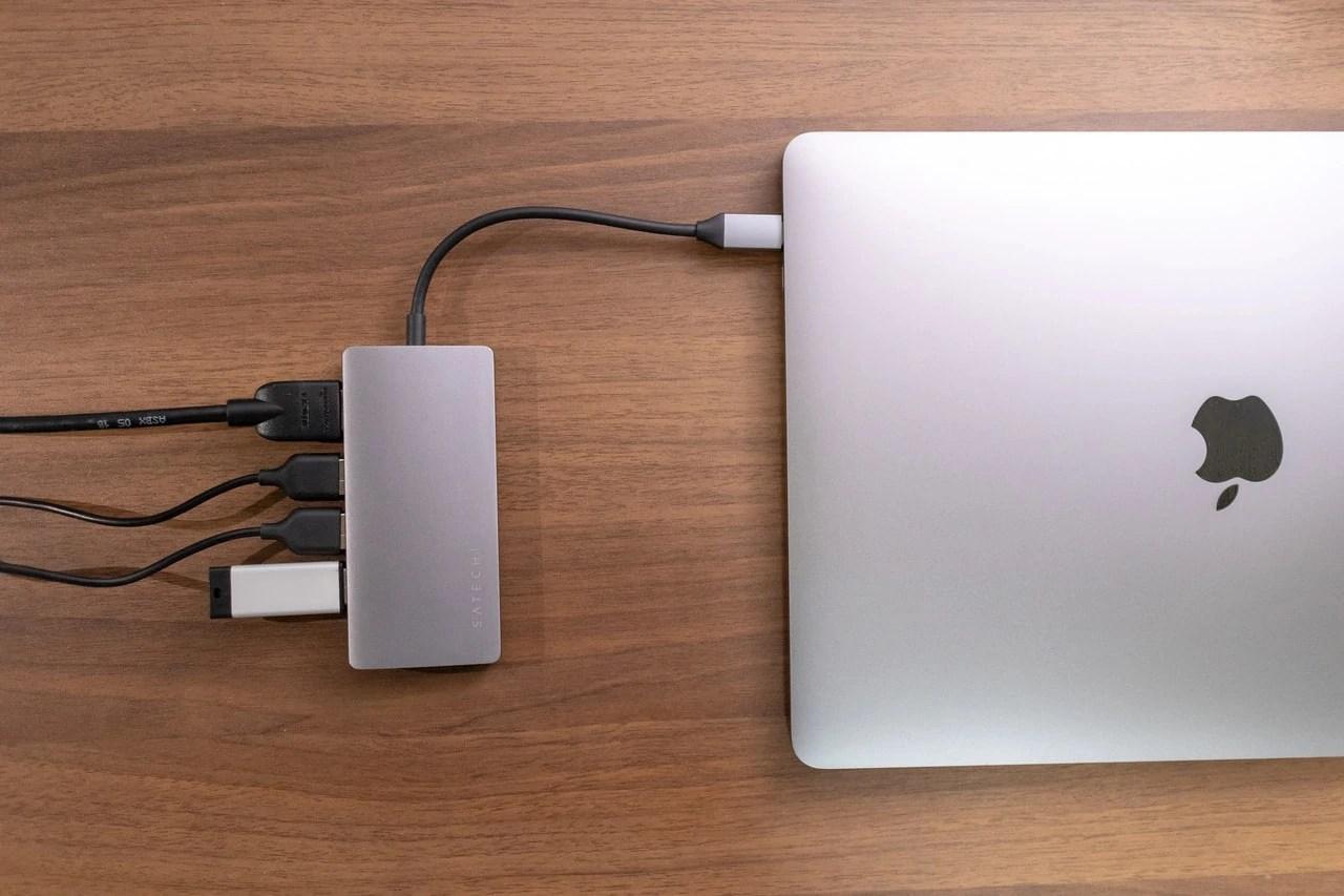 Satechi V2 マルチ USB-Cハブはテンション上がるカッコよさ