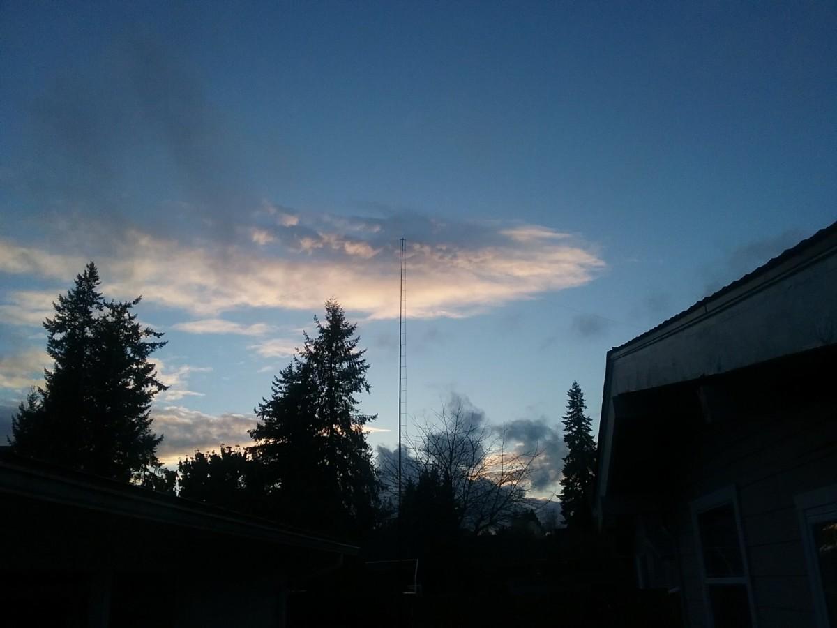 HF Antenna 80-10m, no tuner needed  - MiscDotGeek