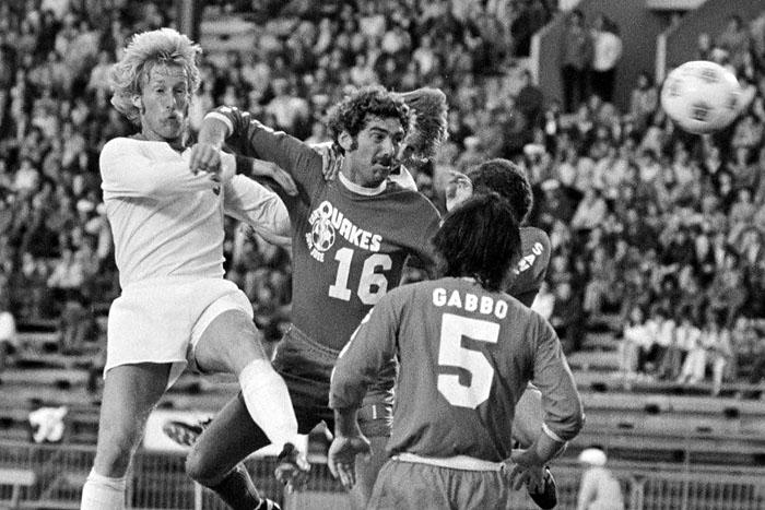 Brian Budd Vancouver Whitecaps 1977