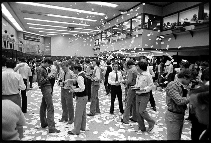 1977-05-00_244