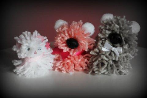 Osos de pompones lana