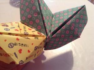 Guirnalda de barcos de papel