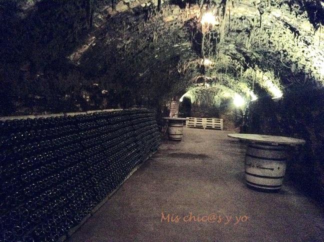 Caves Canals & Casanovas