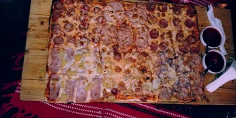Casa Muresana pizza