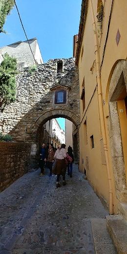 Portal de la Fortaleza, Besalú