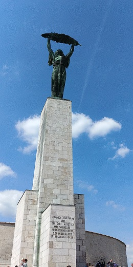 Estatua de la Libertad, Gellert, Budapest