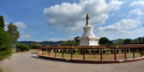 Estupa Monasterio Budista del Garraf