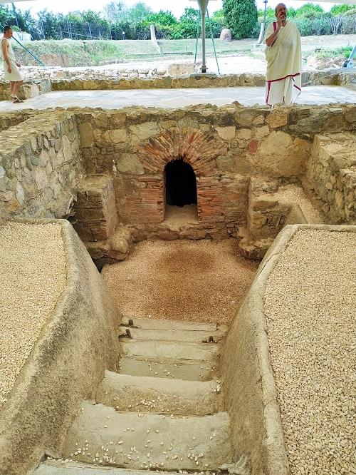 Visita teatralizada en las excavaciones romanas
