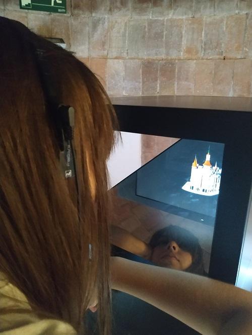 Holograma en la casa de les Punxes
