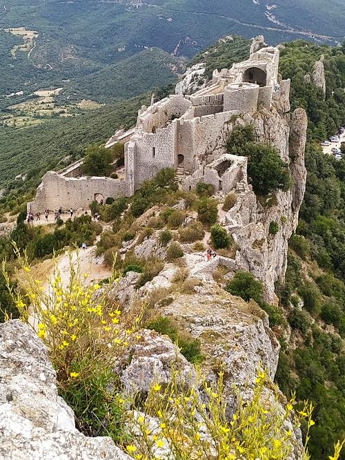 Vista al castillo viejo, Peyrepertuse