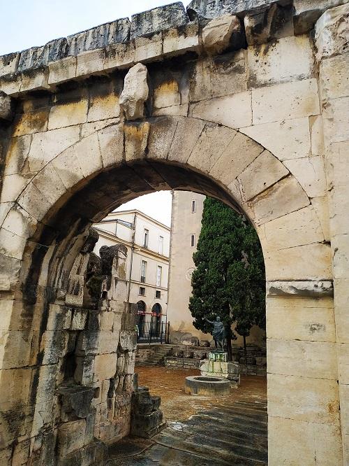 Puerta de Augusto en Nimes