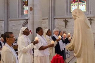 Chaque communauté reçoit un don de l'Esprit saint