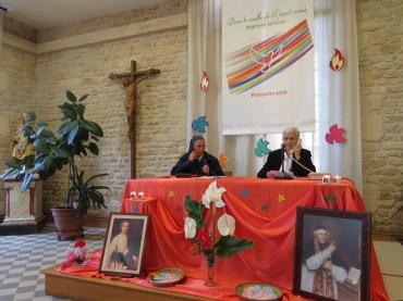 Sr Marie-Madeleine et Sr Gregoria rappellent les débuts de la démarche commune de deux congrégation.