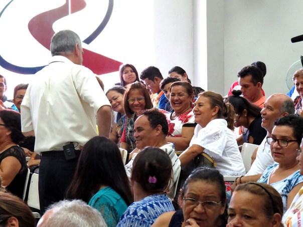 Padre Antonello prega em Manaus