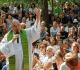 Padre Antonello fala a peregrinos
