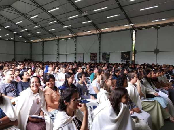 Cerca de mil pessoas compareceram_à Missa dos Vínculos em São Paulo