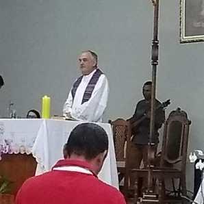 Padre Antonello celebrou a Missa