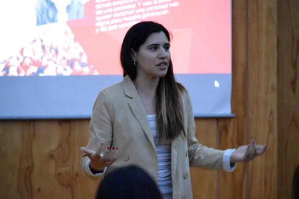 Ana Belén Mármora, líder jovem pró-vida.
