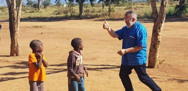 Padre João Henrique em Moçambique