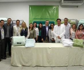 Unimed faz doação de enxovais para a Aliança