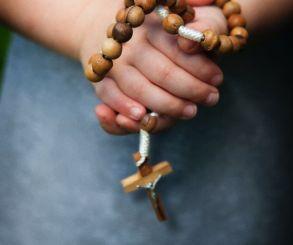 São João M. Vianney explica como orar e amar basta para agradar a Deus