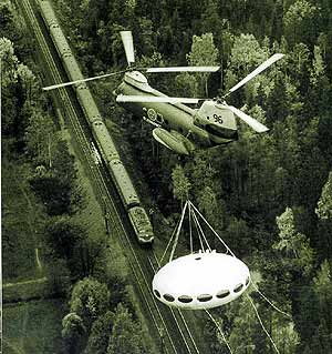 Futuro-being-airlifted-by-helicopter-1969
