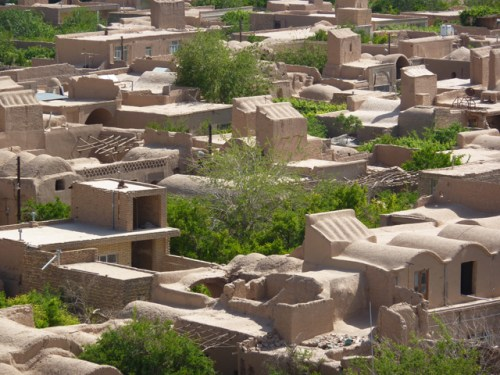 meibod-ancient-mud-brick-town-Iran