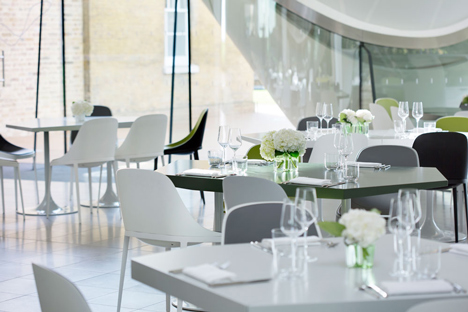 The-Magazine-restaurant-at-the-Serpentine-Sackler-Gallery-extension-by-Zaha-Hadid_dezeen_3