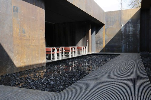A Soulages courtyard.