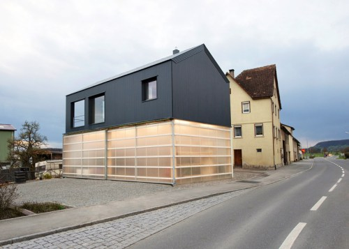 House-Unimog-by-Fabian-Evers-Architecture-and-Wezel-Architektur_dezeen_ss_3-2