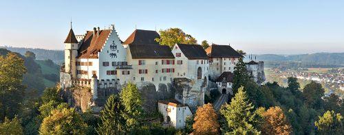 csm_Schloss_Lenzburg_1366x540px_487f340fc1