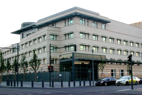 us-embassy_in_berlin_south-west
