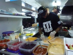 Black-Pan-Food-Truck_0008