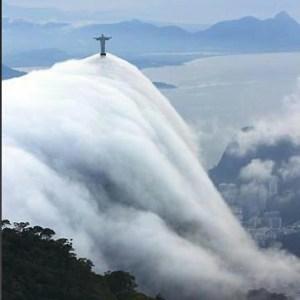 Cristo fog wave